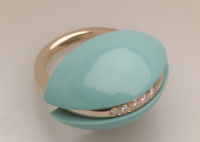 Cupola Ring in turquoise with diamonds