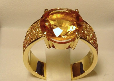 Elle Ring in 18k yellow gold and yellow citrine