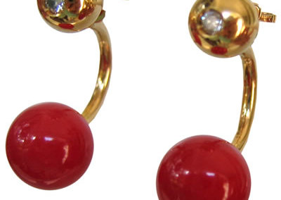 Molecular Earrings in 18k yellow gold coral and diamonds